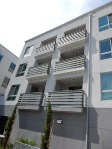 3-story multifamily building
