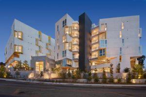 apartment building - mosaic gardens westlake